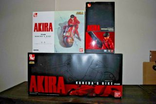 Akira Bandai Bm 1/6 Bike With Bonus Cowling And Kaneda Figure Complete Set