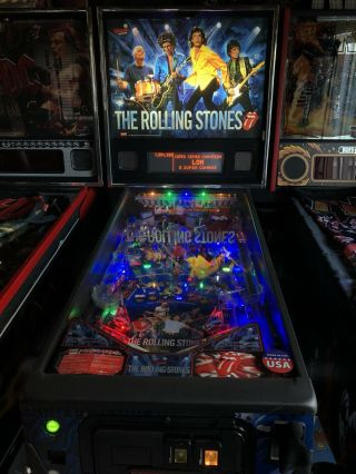 Rolling Stones 2011 Pinball Machine By Stern
