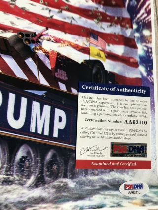 AUTHENTIC President of the United States DONALD TRUMP Signed Autograph Photo PSA 2