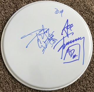 Kiss Signed Drum Ace Frehley Signed Peter Criss Autographed Drumhead (gene Paul)
