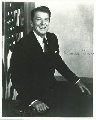 President Ronald Reagan In - Person Hand Signed Autographed Photo