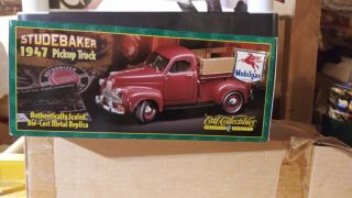 Ertl 1/24 Scale 1947 Studebaker Pick Up Truck Die Cast Car