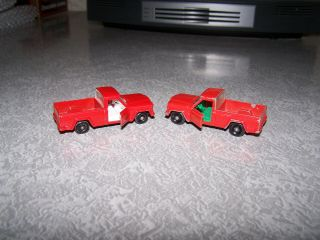 2 Matchbox 71b Jeep Gladiator Pickups - 1 With Green Interior 1 With White Int