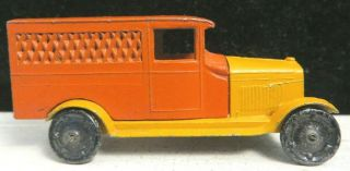 Tootsietoy Gm Series 6206 Red & Orange Chevrolet Delivery Van Shape