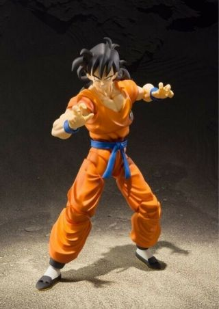 S.  H.  Figuarts Yamcha Dragon Ball Z In Hand Complete
