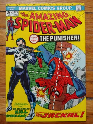 Spiderman 129 1974 Bright Colors.  Book.  1st Punisher.  Marvel Key