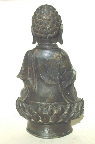 Large Ming dynasty bronze figure of Buddha 4