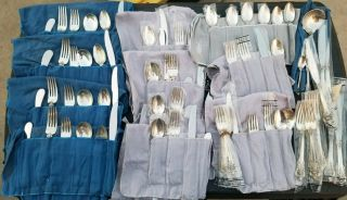 Gorgeous Wallace Grand Baroque 80 Piece Sterling Silver Flatware Setting