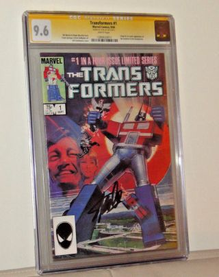 Stan Lee Signed Cgc Graded 9.  6 Transformers 1 First 1984 Marvel Comic Book