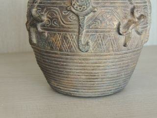 Antique Chinese bronze vase,  Ming dynasty 6