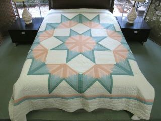 Large Vintage Beautifully Hand Quilted Dated 1987 & Signed Bursting Star Quilt