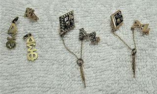 Vtg.  Delta Sigma Phi Fraternity Pins Lavaliers Set Gold,  Onyx,  Pearls