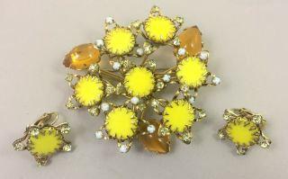 Rare Signed Unusual Matte Yellow Star Motif Schreiner Pin Brooch And Earrings