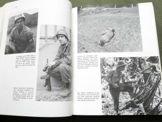 """"""" Us Army Uniforms Of Ww2 """" Paratrooper Tanker Jacket Pants Boots Reference Book"""