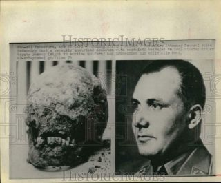 1973 Press Photo Unearthed Skull Identified As Hitler