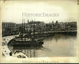 1943 Press Photo Boats Docked At Palermo Sicily Harbor During Wwii - Nox52862