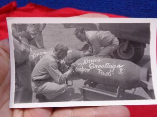 Vintage Wwii Ww2 Photo Gary Cooper Painting Bomb Pacific Theater 2