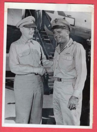 1945 Usaaf General Barney Giles Commander Pacific Air Forces News Photo