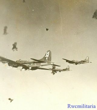 Org.  Photo: Aerial View 100th Bomb Group B - 17 Bombers In Aa Flak Over Target
