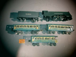 Vintage Lionel 1689e Locomotive & Tender W/ 3 Blue Litho Passenger Cars 1692,  93