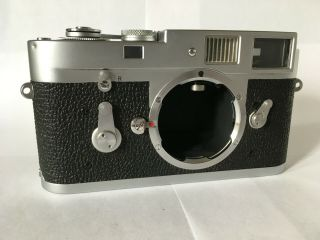 Vintage Leica M2 35mm Rangefinder Camera Body With Case