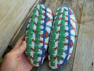 VINTAGE CEREMONIAL NATIVE AMERICAN SIOUX INDIAN FULLY BEADED MOCCASINS 3