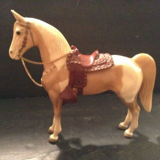 Vintage Molded Horsetan & White,  Painted Horse W/ Saddle Reins Collectible