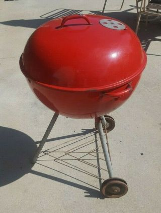 Vintage Weber Kettle Grill Red Metal Handles Wood Dale Ill.  21 Inch