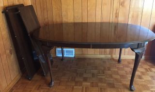 Vintage Ethan Allen Solid Wood Dining Table With 2 Leaves Obo