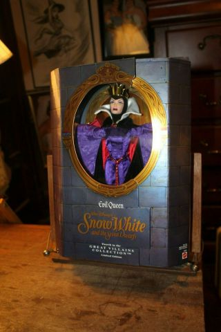 1998 Mattel Disney Evil Queen Doll Snow White And The Seven Dwarfs No.  18626
