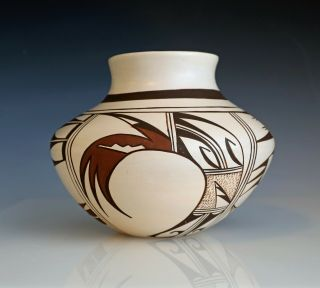 Hopi Pottery Jar By Grace Navasie (frog Woman Daughter) Info Abt Signature