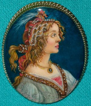 """ Portrait Of A Lady "" Russian Hand Painted Fedoskino Mother - Of - Pearl Brooch"