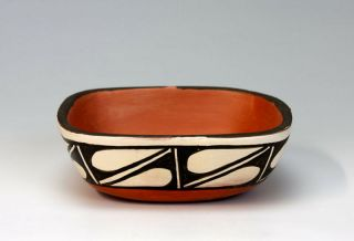 Kewa - Santo Domingo Pueblo American Indian Pottery Bowl - Miriam Lucero